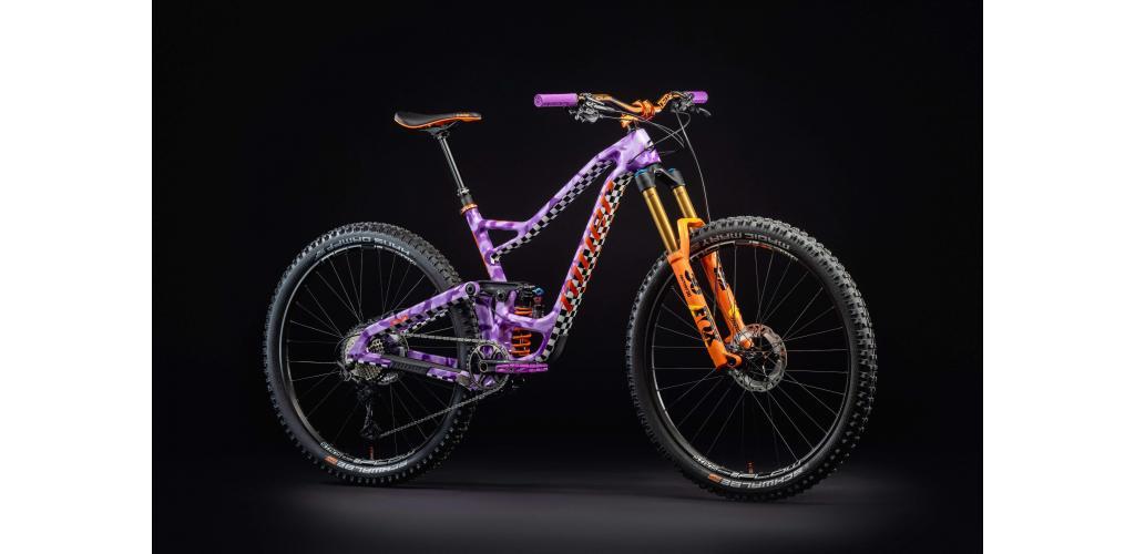 """Kirt Voreis's """"RIPPLE 9 RDO"""" custom painted Niner 29er trail bike"""